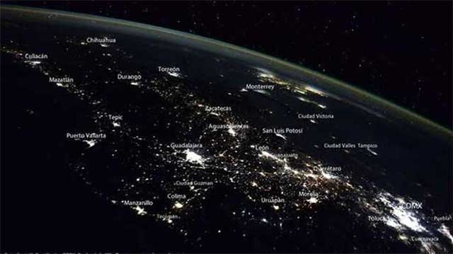 Captan imagen de México de noche desde el espacio