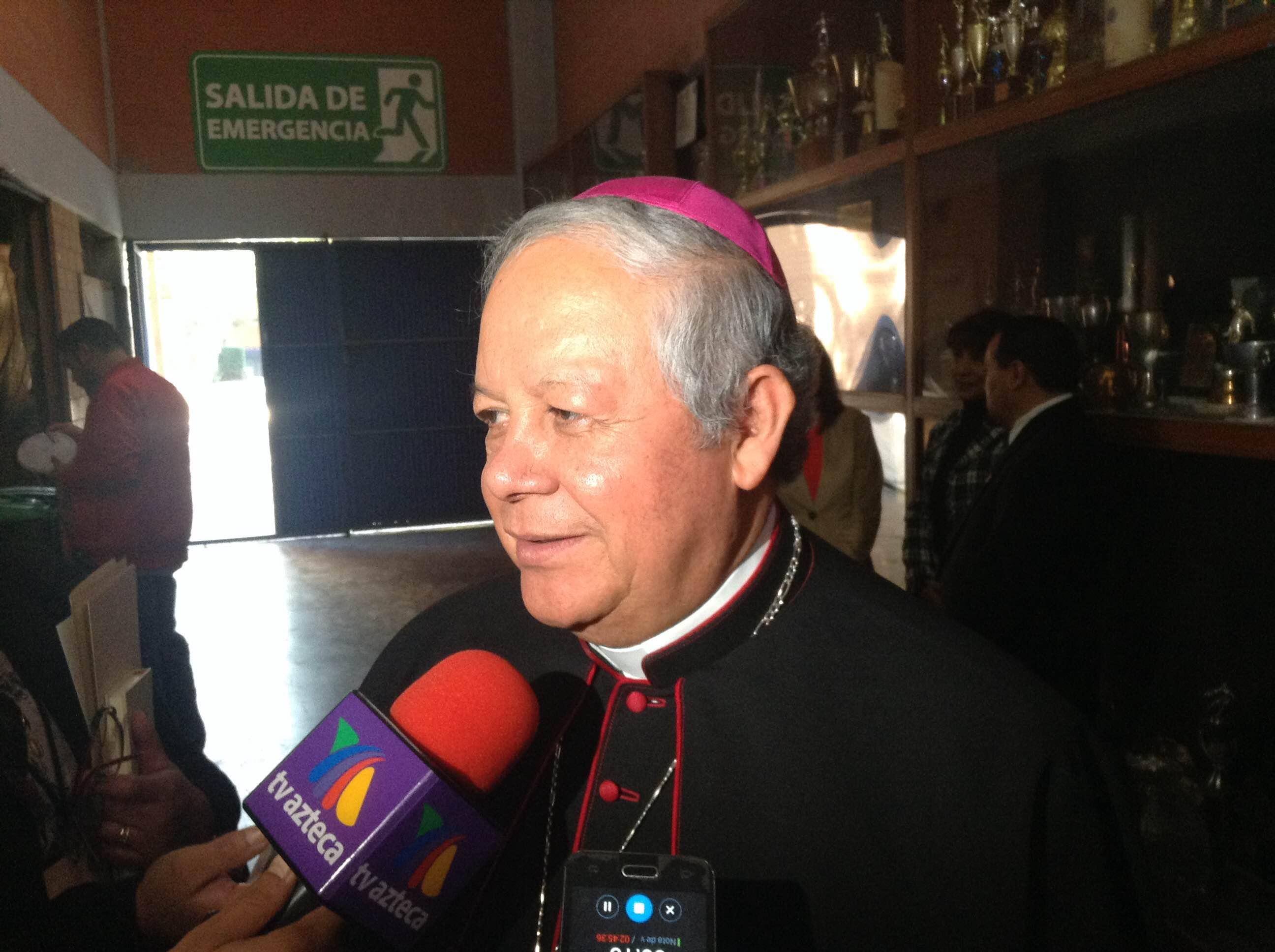 Pide arzobispo de Puebla una transición de gobierno en paz
