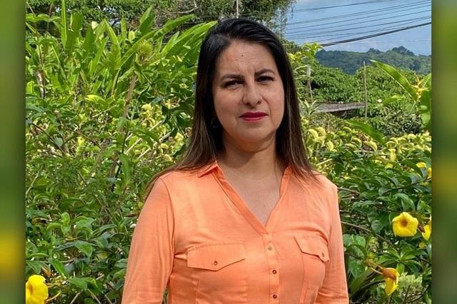 Genoveva negocia candidatura con priísta en Cuetzalan, acusan