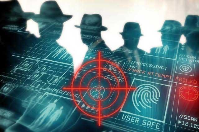 Detectan red de espionaje ligada a colaboradores de Peña Nieto
