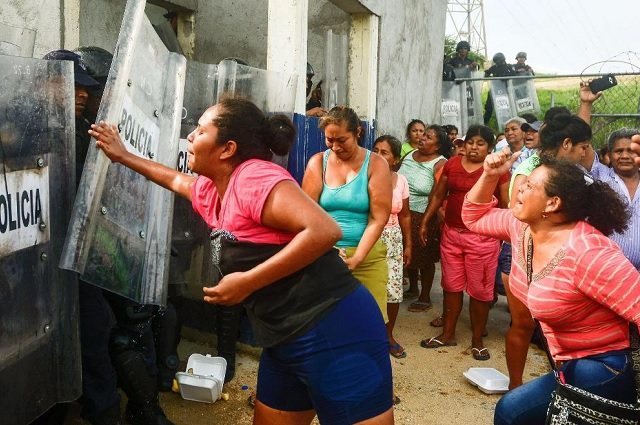 Esposa de reo de Acapulco afirma que recibió sin brazos el cuerpo de su marido
