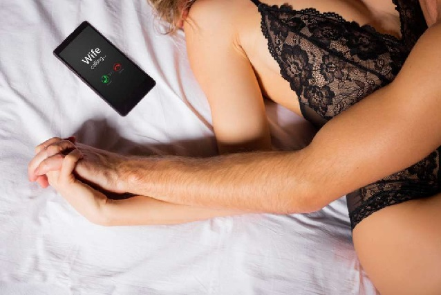 Atrapan a marido infiel porque su pene se atoró en la vagina de su amante
