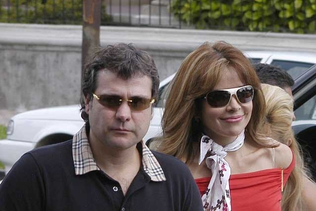 Dicen que esposo de Gloria Trevi ya hace vida de soltero