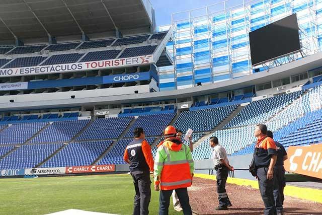Revisan estadio para juego entre Toros y Pericos de Puebla