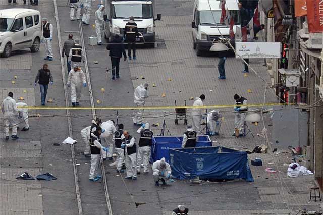 Van 41 personas muertas en ataque terrorista en Estambul