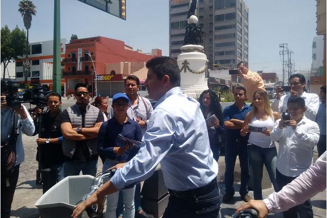 """Por """"estrategia"""" Rivera y Alonso hacen campaña por separado"""
