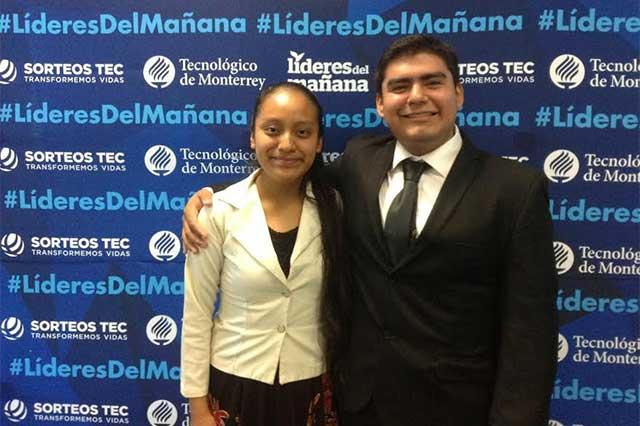 Dos estudiantes ganan becas del 100 por ciento para estudiar en ITESM