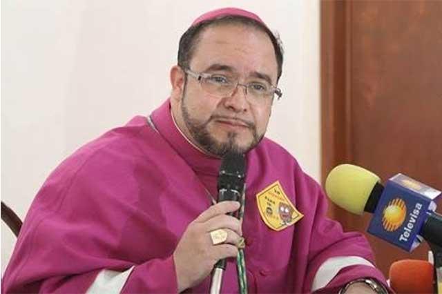 Eugenio Lira revira que los obispos no lo sacaron, que él se salió