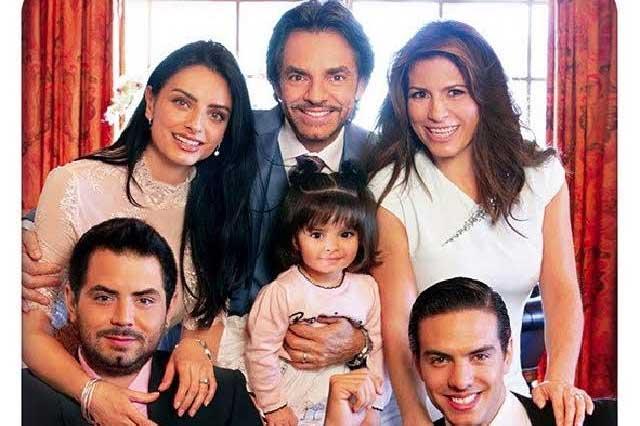 Aislinn, Vadhir, José Eduardo y Alessandra felicitan a Eugenio Derbez