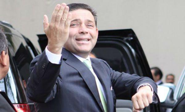 Cambia de abogados el ex gobernador Eugenio Hernández