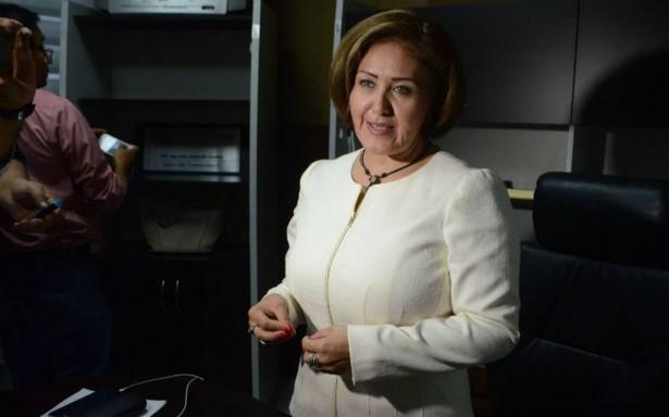 Eva Cadena denuncia que Rocío Nahle armó los videos en su contra