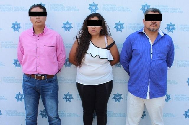 VIDEO: Familia ataca a agentes de la SSPTM por quitarles la placa