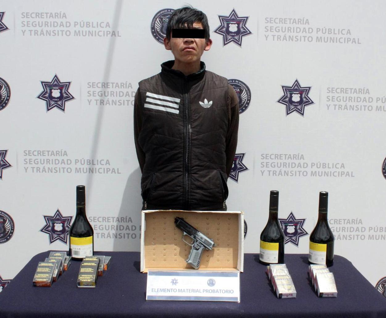 Detiene Policía Municipal de Puebla a persona por robo a negocio