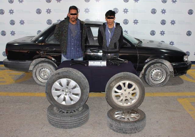 Policía capitalina atrapa a dos ladrones de autopartes