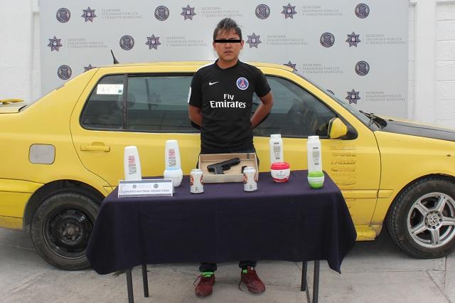 Identifican por su auto a asaltante de una Bodega Aurrerá Express