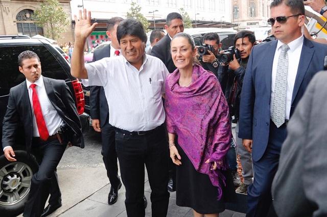 Escoltas de EPN ahora protegen en México a Evo Morales
