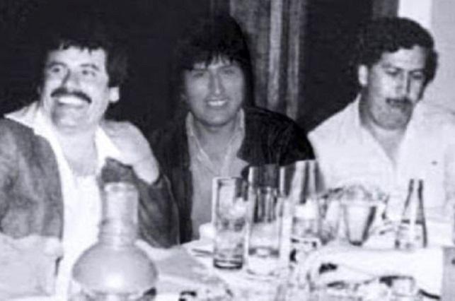 La verdad de la foto de Evo Morales con El Chapo Guzmán y Pablo Escobar
