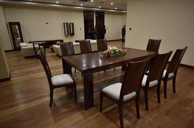 Ministra entra a la casa de Evo Morales y la califica de palacete