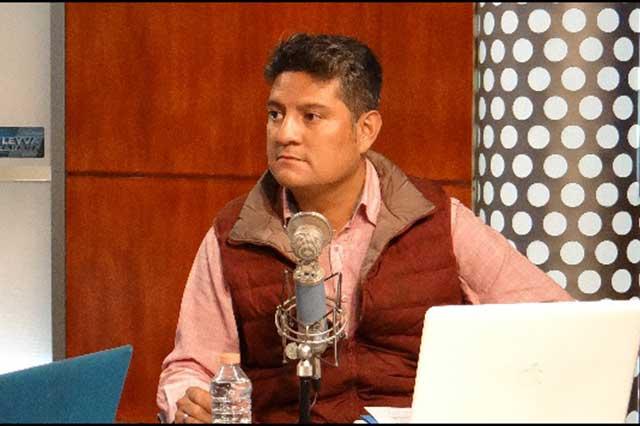 Exagente Cisen exhibe audios de Osorio Chong, Robles y Zavala