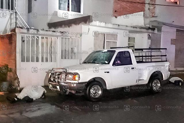 Ex militar mata a vecinos por no dejarlo ampliar su casa, en Amalucan