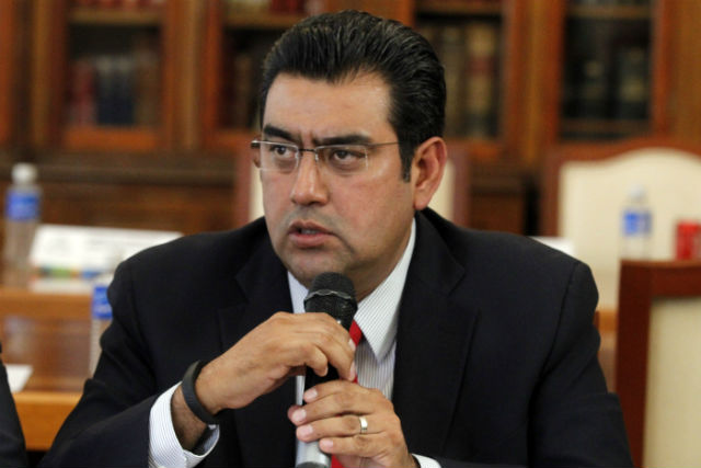 Salomón Céspedes deja el PRI y busca candidatura en otro partido