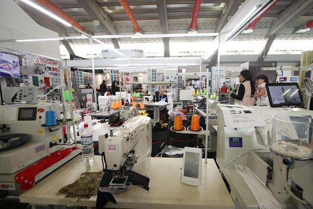 Textileros en Puebla fabricarán insumos médicos por Covid-19