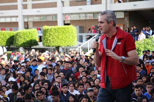 Participan jóvenes de bachillerato en experiencia universitaria UPAEP