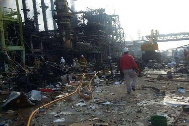 PAN y PRD exigen que Pemex informe sobre explosión en Pajaritos