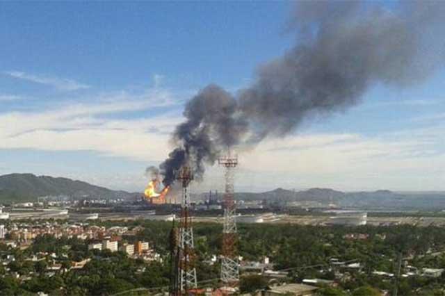 Sube a 9 la cifra de lesionados por explosión en refinería de Oaxaca