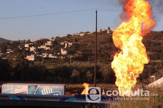 Explota toma en Acajete mientras rellenaban tanques de gas LP