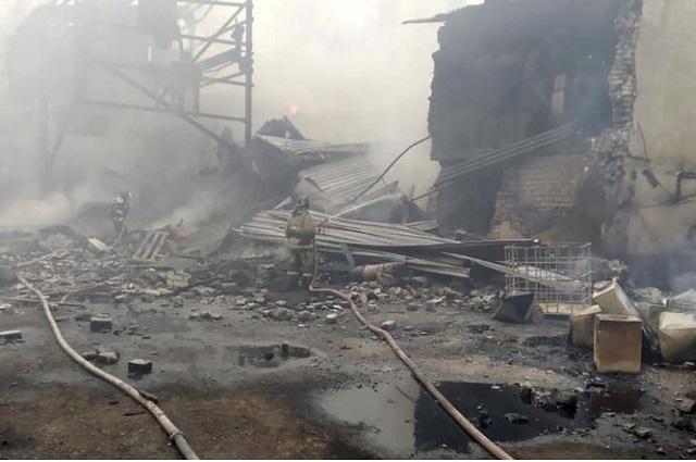 Explota en Rusia fábrica de pólvora y deja 16 muertos