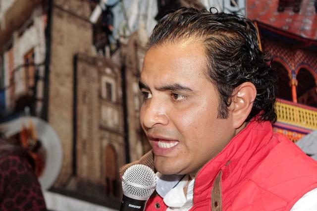 Edil de Tlachichuca dejó la alcaldía sin pagar salarios a regidores