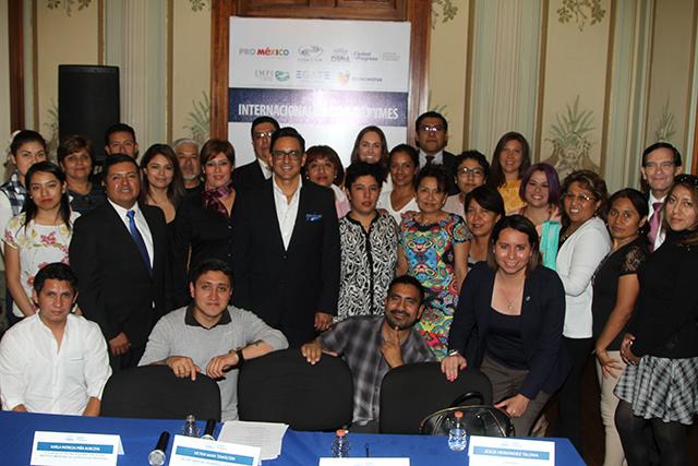 Ayuntamiento de Puebla y COMCE Sur capacitan para exportaciones