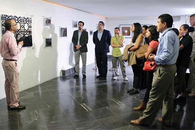 Abren exposición de Gabriel Sánchez en el Teatro de la Ciudad