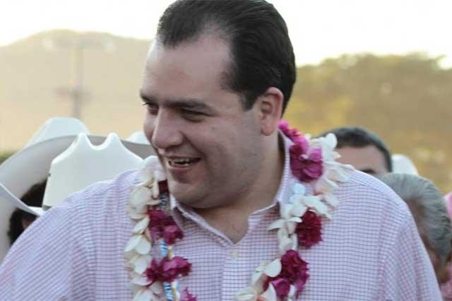 #VIDEO Expulsan a reporteros por exhibir lucro de Senador priista con PROSPERA