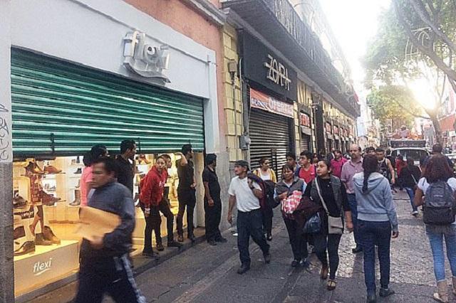 Hasta 100 mil pesos al mes cobran por derecho de piso en Puebla