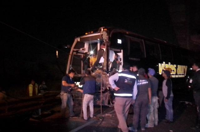 Carambola deja 16 heridos en la México- Puebla cerca de VW