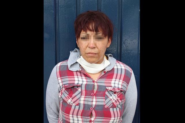 Detienen en Puebla a mujer que atracaba con violencia
