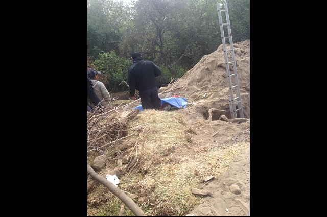 Trabajador muere sepultado por alud  de tierra en Huejotzingo