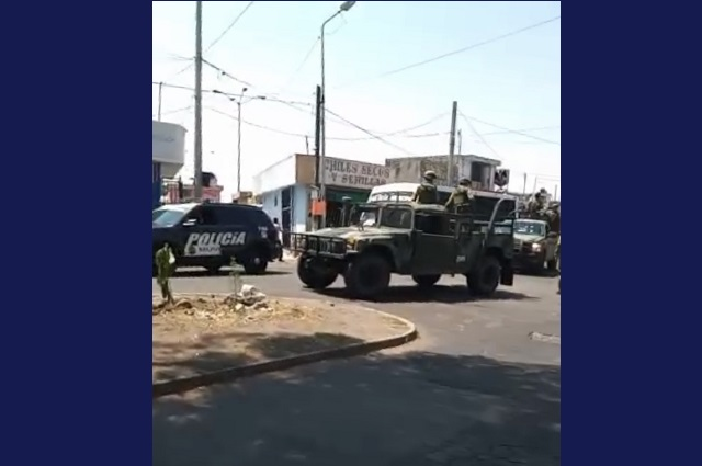 Ejecutan operativo en el Morelos contra comercio informal