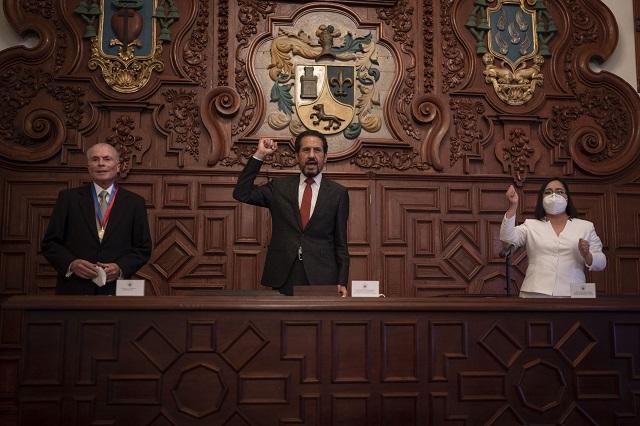 Destaca Esparza aporte de Juan Velásquez a universidades del país