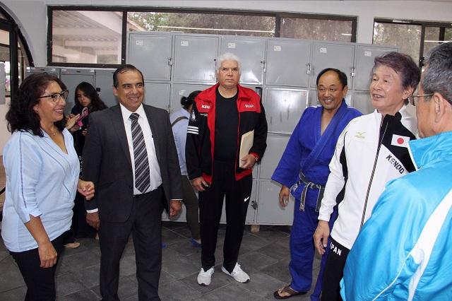 Entrenadores japoneses finalizan clínica de Kendo en la BUAP