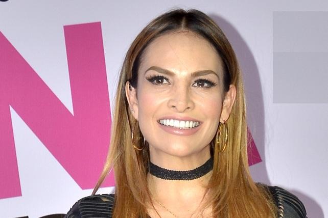 Fabiola Campomanes habla sobre supuesto catálogo de famosas de Televisa