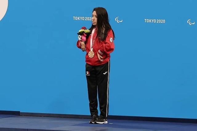 Fabi Ramírez gana la primera medalla para México en los Paralímpicos