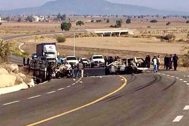 Fallece tercera víctima de choque con auto huachicolero en Serdán