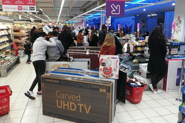 Error en precio de pantallas desata la locura en Francia