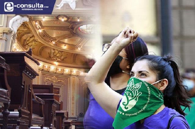 ¿Qué no hizo el Congreso de Puebla a favor de las mujeres?