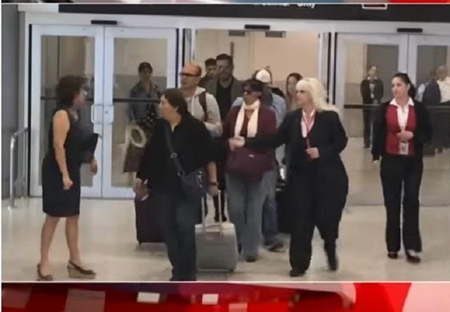 Consulado de México en Miami ofrece apoyo a familiares de José José