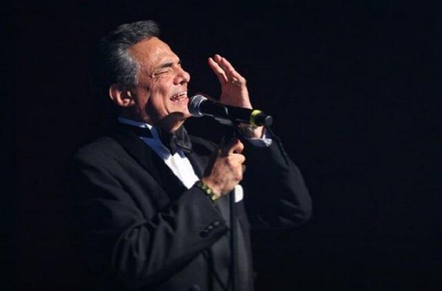 Famosos y Orquesta Sinfónica Nacional reciben a José José