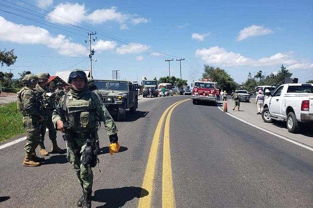 Fuga en ducto de Pemex paraliza la autopista México-Tuxpan